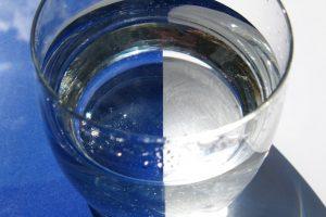 Vollentsalztes Wasser