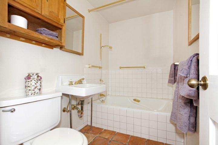 Wandfliesen in weiß » Ideal für Bad und Küche
