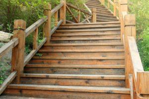 Wangentreppe Holz selber bauen