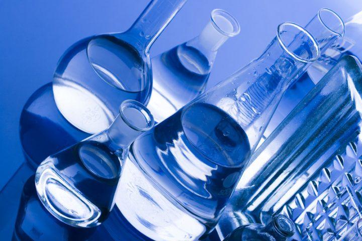 Wasser ionisieren