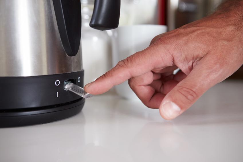 Wasserkocher mit zitronens ure entkalken so wirds gemacht - Miito wasserkocher ...