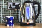 Wasserkocher macht Lärm