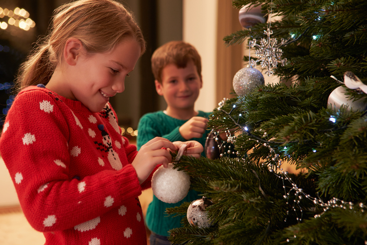 Warum Schmückt Man Den Weihnachtsbaum.Weihnachtsbaum Schmücken Faustregeln Tipps Und Tricks