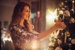 Weißer Weihnachtsbaumschmuck