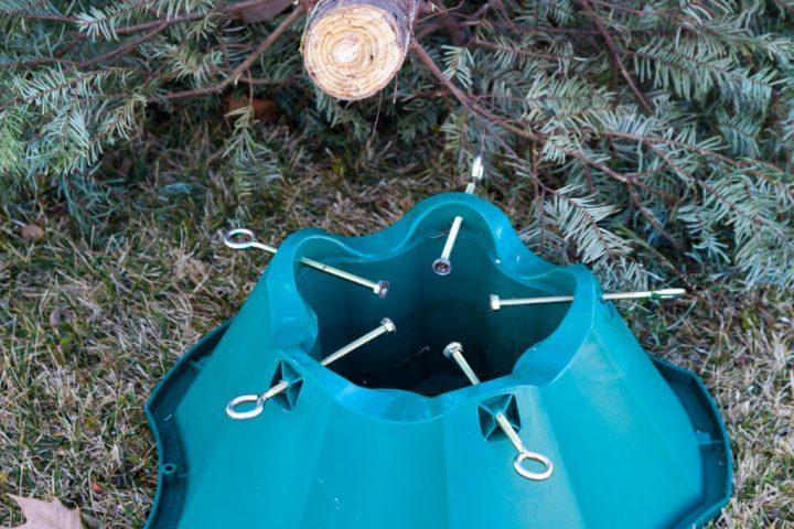 Weihnachtsbaumständer fest