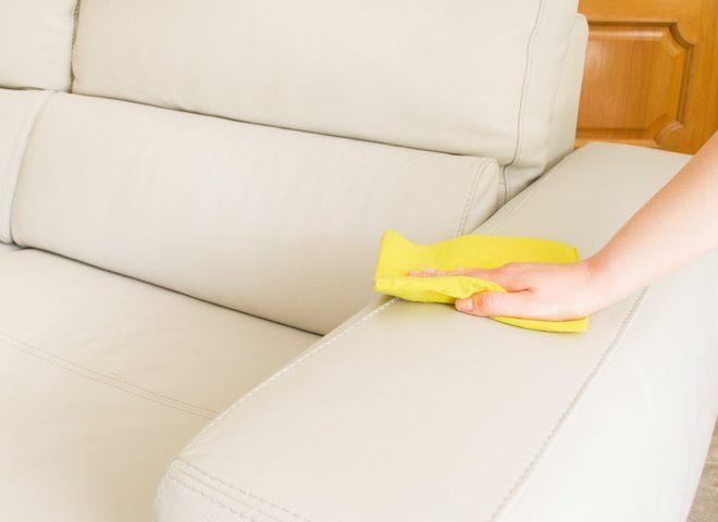 Sofa Reinigen weißes kunstleder sofa reinigen so wird es richtig sauber