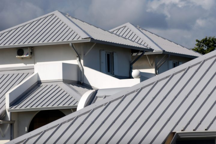 Welche Materialien werden für Dachplatten verwendet