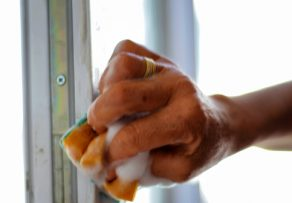 Window color entfernen vom holzfensterrahmen - Fenster holzrahmen putzen ...