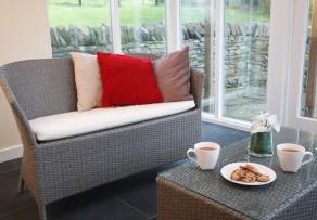 wintergarten selber bauen das sind die kosten. Black Bedroom Furniture Sets. Home Design Ideas