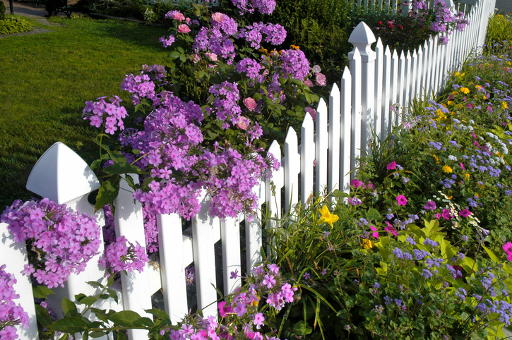Gartenzaun Als Mauer Worauf Ist Zu Achten