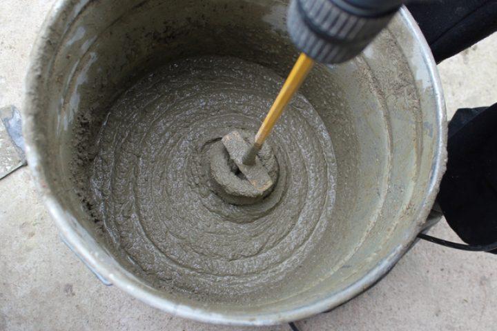 Zementmörtel brüchig