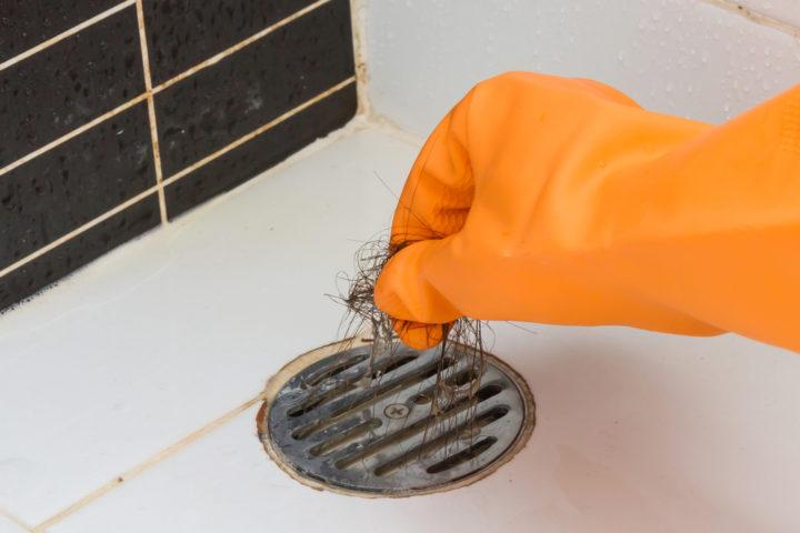 abfluss-bodengleiche-dusche-reinigen