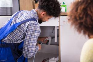 abfluss-reinigen-mit-hochdruckreiniger