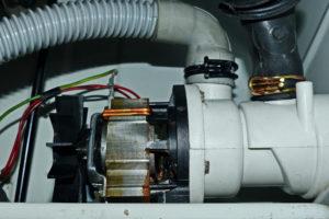 ablaufpumpe-waschmaschine-reparieren