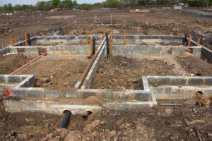 abwasserleitung-unter-bodenplatte-verlegen
