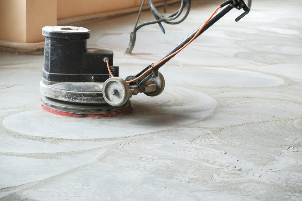 Fußboden Nivelliermasse ~ Ausgleichsmasse schleifen darauf ist zu achten nivelliermasse