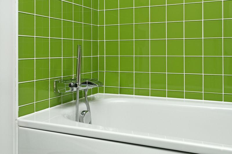 badewanne verkleiden so wird die badewanne richtig verkleidet. Black Bedroom Furniture Sets. Home Design Ideas