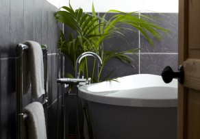badewannenbeschichtung preis das kostet eine. Black Bedroom Furniture Sets. Home Design Ideas