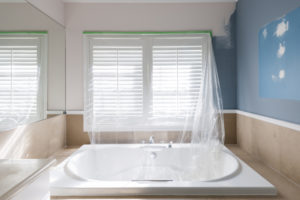badezimmer-farbe-statt-fliesen
