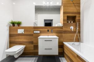 badezimmer-mit-holz-verkleiden