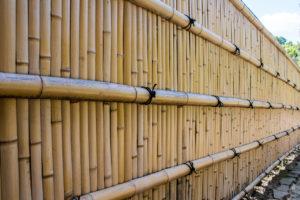 bambuszaun-befestigen
