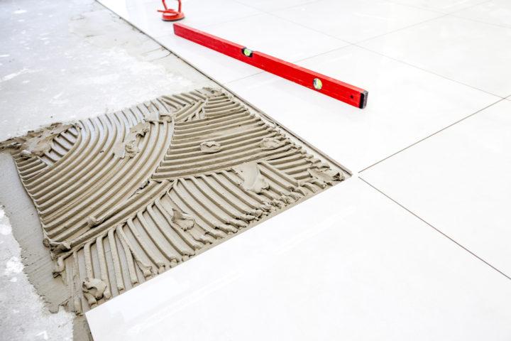 bodengleiche-dusche-fliesen-gefaelle