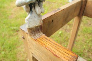 Holz vor Schädlingen schützen
