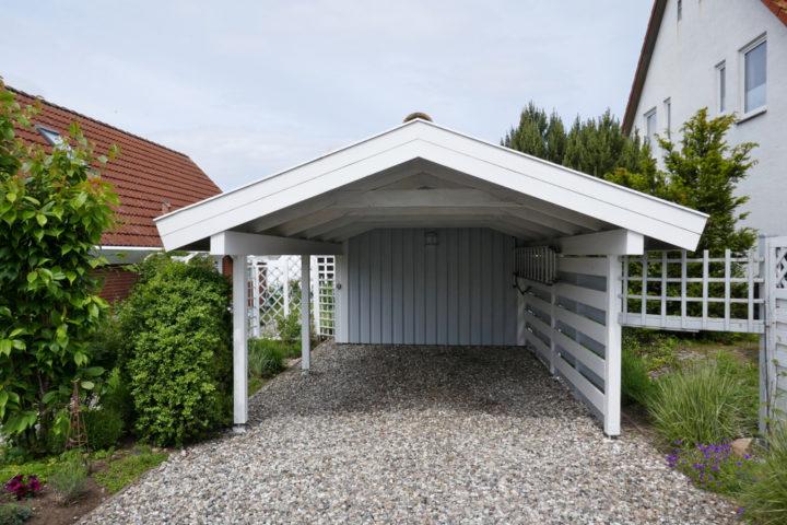 carport-mit-spitzdach