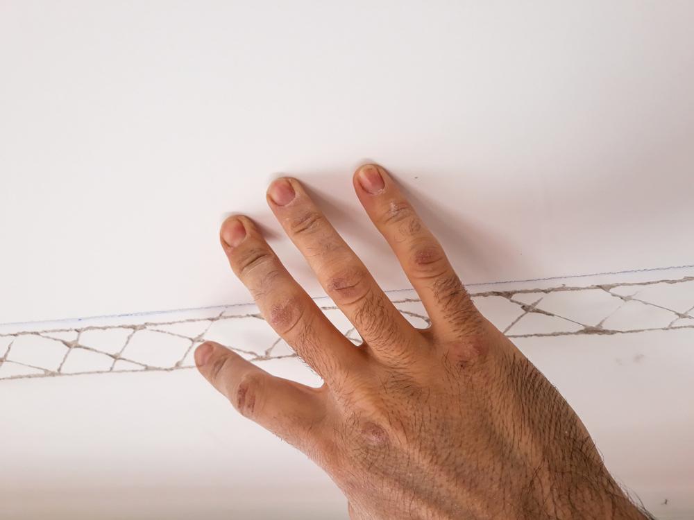 Deckenleisten Schrauben So Befestigen Sie Mit Schrauben