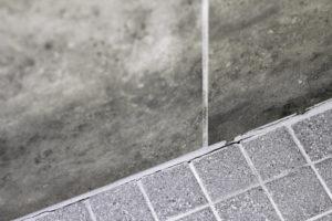 dichtband-dusche-anbringen