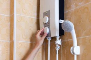 durchlauferhitzer-fuer-dusche-wieviel-kw