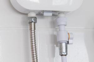 durchlauferhitzer-wasseranschluss