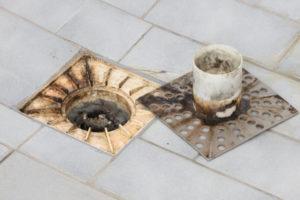 dusche-abfluss-reinigen