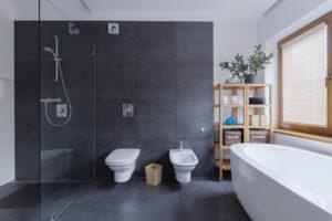 dusche-gefliest-oder-duschwanne