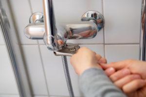 dusche-wasser-abstellen