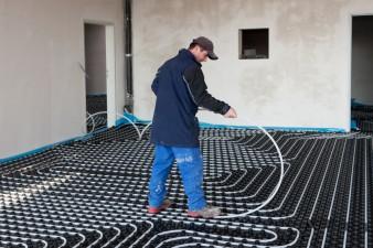 Fußboden Verlegen Preise ~ Fußbodenheizung kosten das kommt auf sie zu