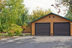 garage-mit-spitzdach