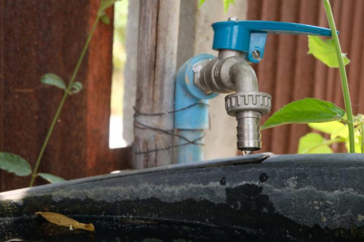 Die Dichtung vom Wasserhahn im Garten wechseln » So gehts