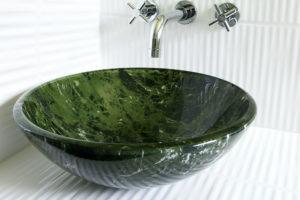 glas-waschbecken-vor-und-nachteile