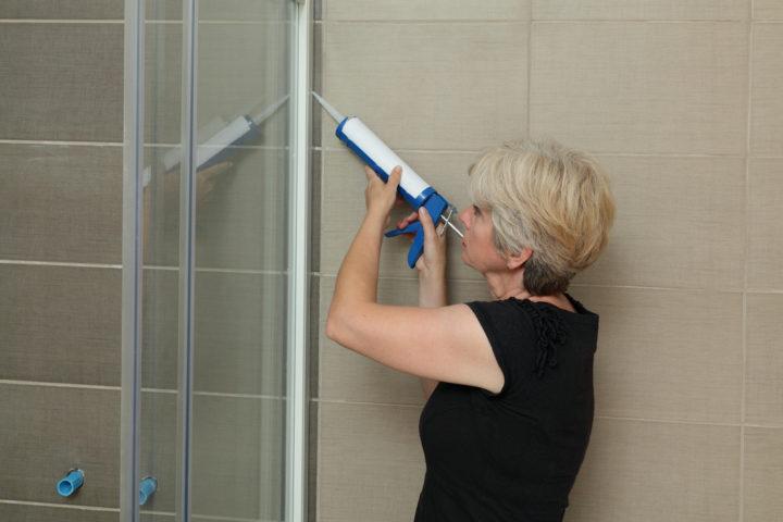 glaswand-dusche-montieren