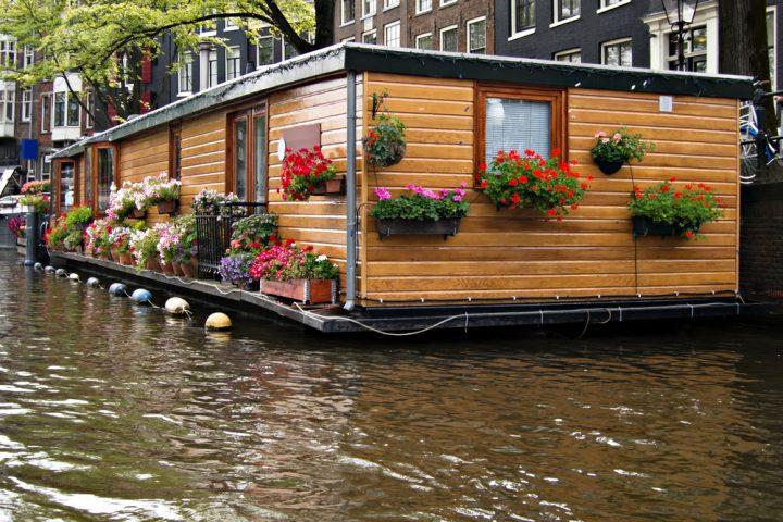 hausboot-selber-bauen