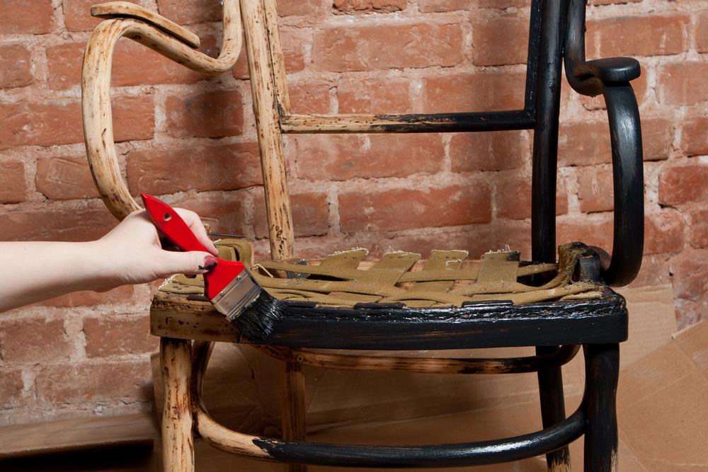 Holzmöbel restaurieren » Anleitung in 3 Schritten
