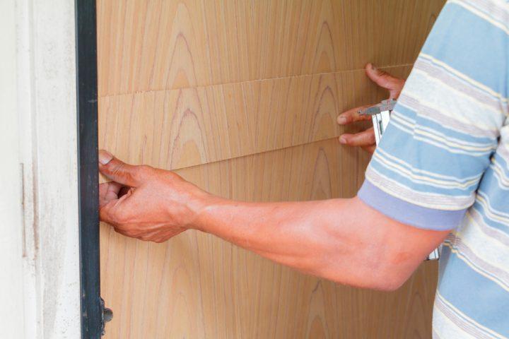 Holzplatte An Der Wand Befestigen So Gelingt S