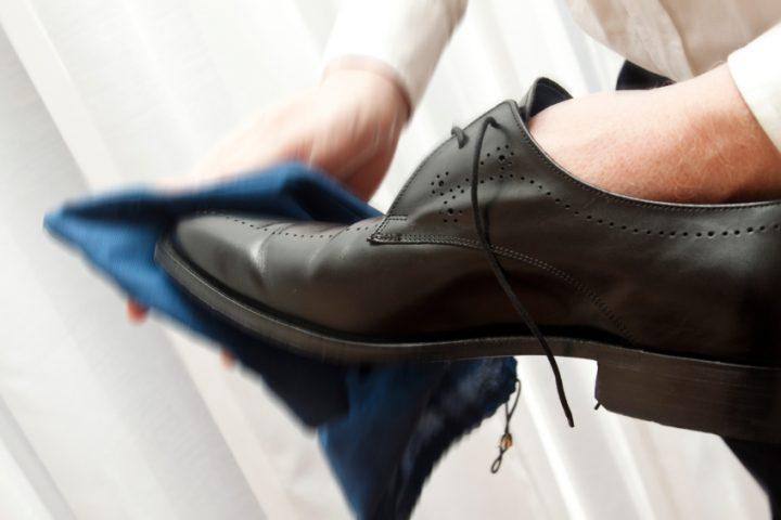 Schuhcremeflecken Anleitung