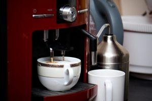 Kaffeemaschine Schlauch reinigen