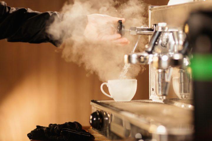 Hervorragend Kaffeemaschine entlüften » So wird's gemacht CV38