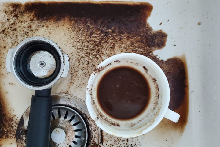 kaffeesatz-im-abfluss