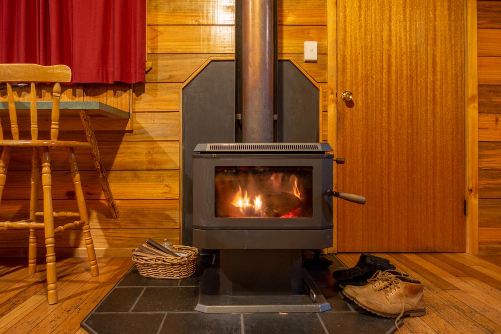 feuer brennt nicht nur im kamin. Black Bedroom Furniture Sets. Home Design Ideas