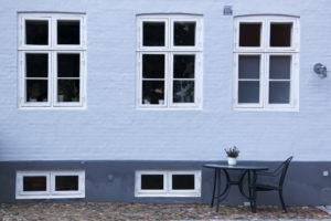 kellerfenster-gegen-kunststofffenster-austauschen