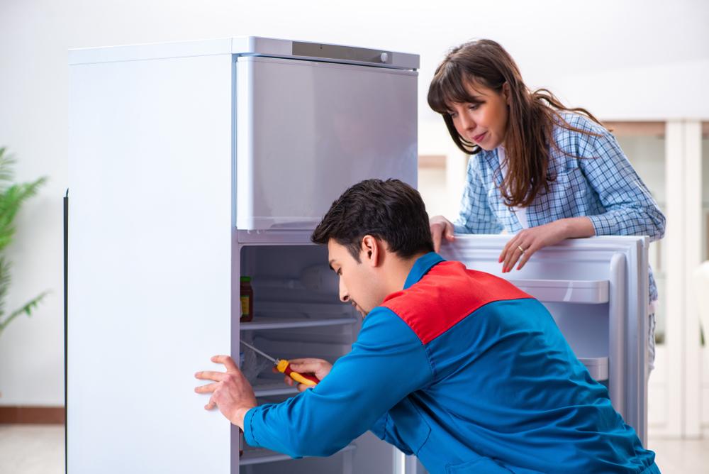 Kühlschrank Befestigung Tür : Griffe an den türen einer einbauküche wechseln technik möbel